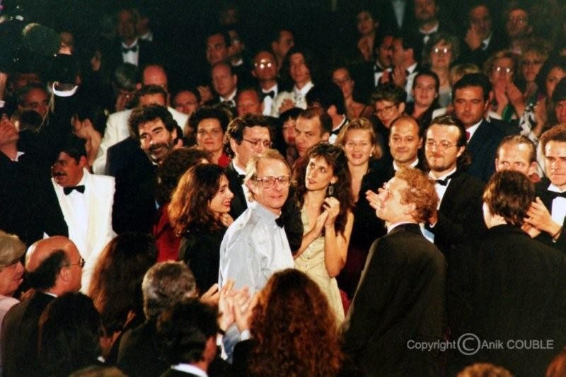 "Projection de "" Land and Freedom "" de  Ken Loach   - Festival de Cannes 1995  - Photo © Anik COUBLE"