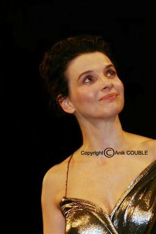 Juliette Binoche - Festival de Cannes 2010 © Anik COUBLE