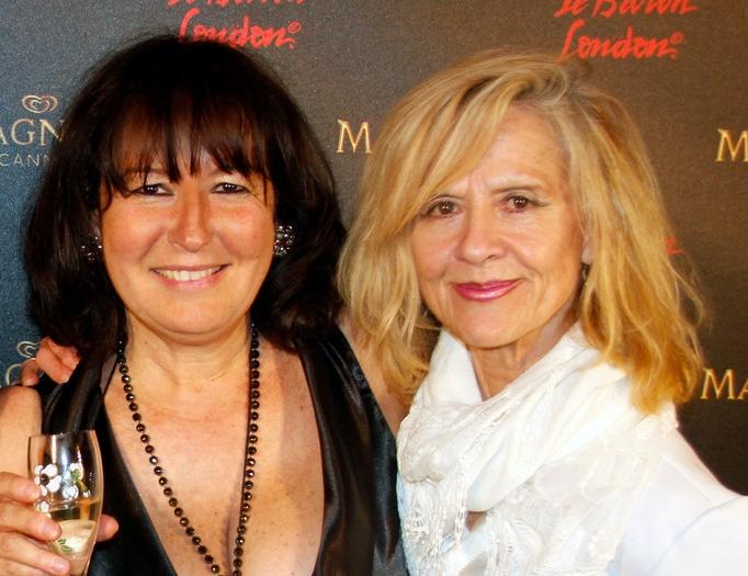 Anik et Michelle - Plage Magnum Cannes - Festival de Cannes 2013 © Anik COUBLE
