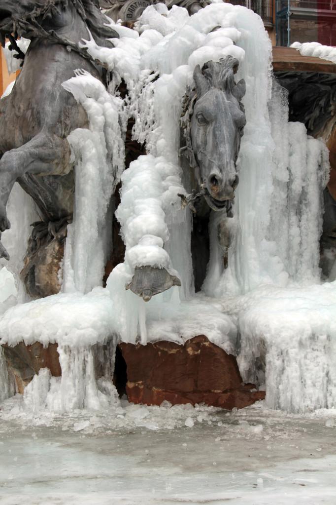 Fontaine Bartholdi, place des Terreaux - Lyon - Février 2012 - Photo © Anik COUBLE
