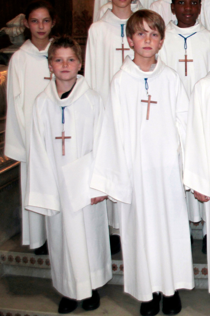 Les petits chanteurs de Saint Marc, lors du renouvellement du vœu des Echevins - Basilique de Fourvière - Lyon - 08 Sept 2013 © Anik COUBLE