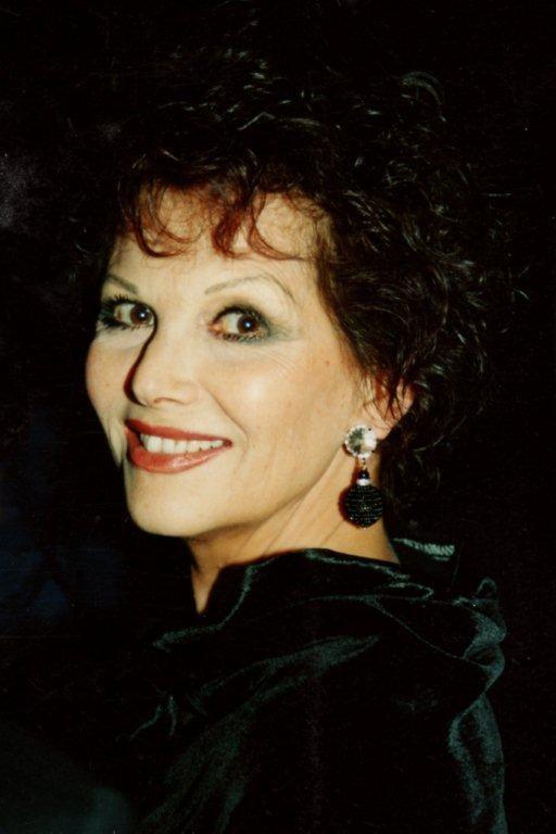 Claudia CARDINALE - Festival de Cannes 1995 © Anik COUBLE