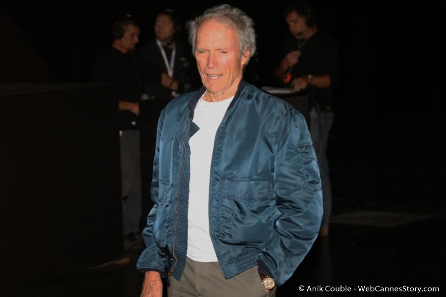 Arrivée de Clint Eastwood à la Halle Tony Garnier - Festival Lumière 2009 - Lyon -Photo © Anik Couble