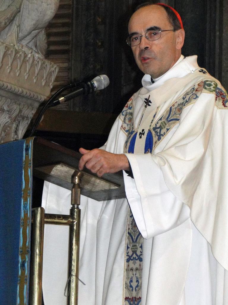 Le Cardinal Philippe Barbarin, archevêque de Lyon, lors du renouvellement du vœu des Echevins - Basilique de Fourvière - Lyon - 08 Sept 2013 © Pascale Millet