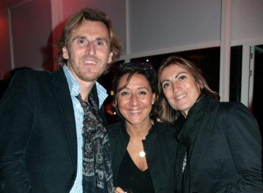Amparo entouré de son mari et d'une amie  / Photo : Anik Couble