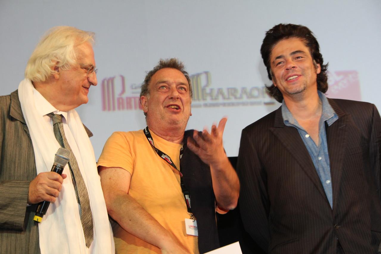 Bertrand Tavernier, Stephen Frears et Benicio Del Toro - Festival Lumière 2011 - Lyon - Photo © Anik COUBLE