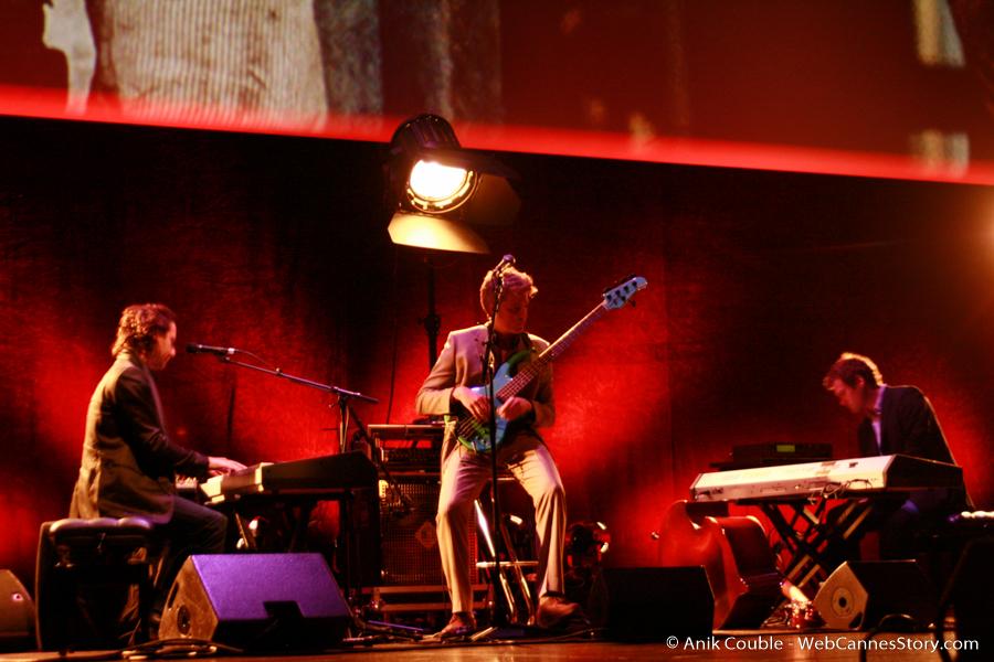 Accompagnement musical de Kyle Eastwood, lors de la remise du Prix Lumière, à Clint Eastwood - Festival Lumière 2009 - Lyon- Photo © Anik Couble