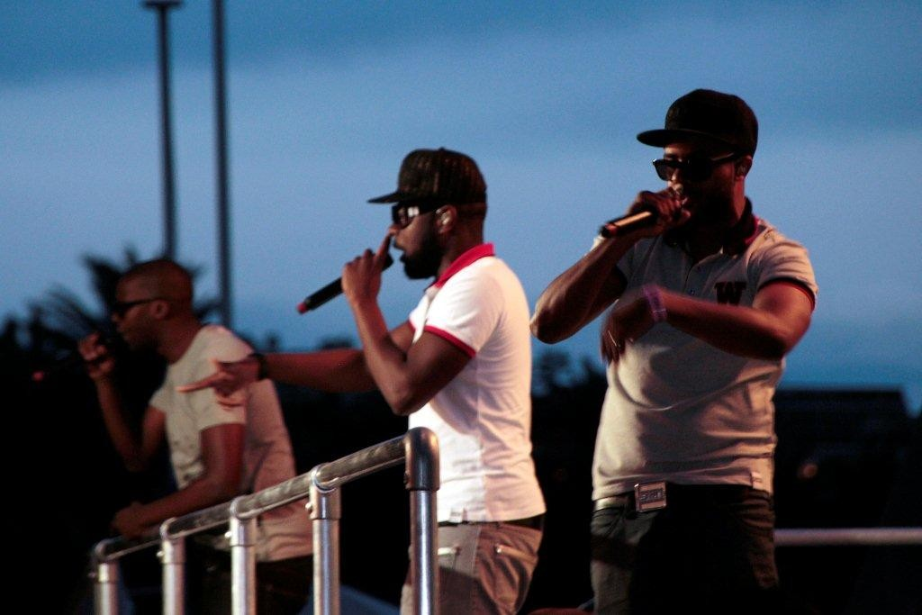 "Sexion d'Assaut, en live au ""Grand Journal"" de Canal +, Festival de Cannes 2012 - Photo © Anik Couble"