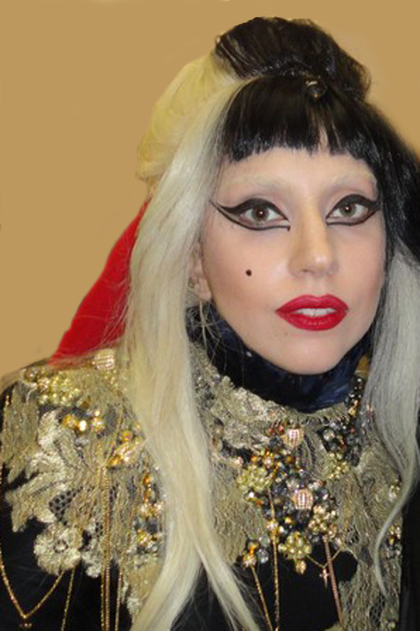 "Lady GAGA au ""Grand Journal"" de Canal + - Festival de Cannes 2011 © Anik COUBLE"