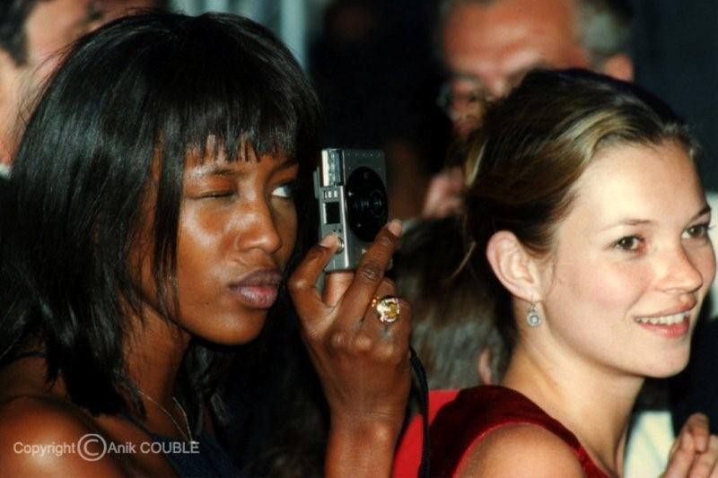Naomie Campbell, photographe d'un soir et Kate Moss en 1997 / Photo : Anik Couble
