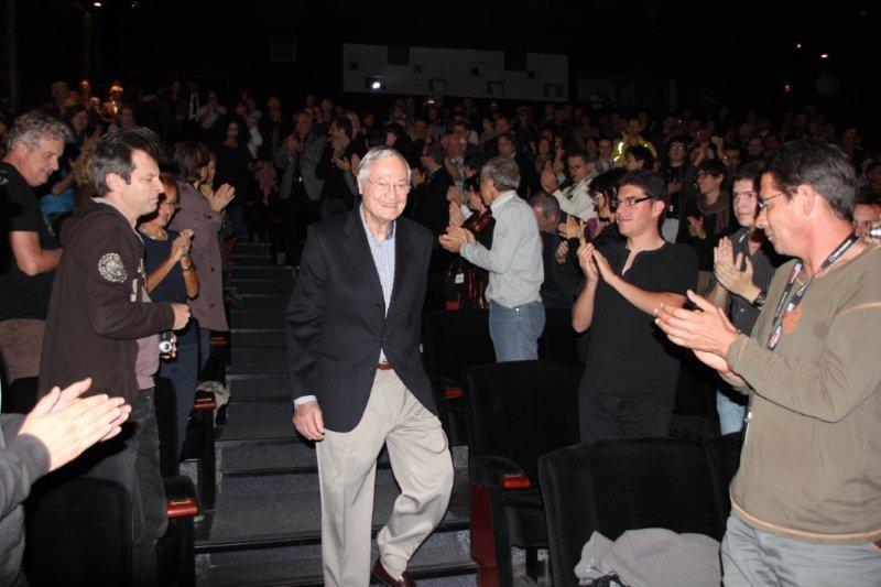 Arrivée de Roger Corman à  la projection du documentaire d'Alex Stapleton qui lui est consacré - Festival Lumière 2011 - Lyon - Photo © Anik Couble