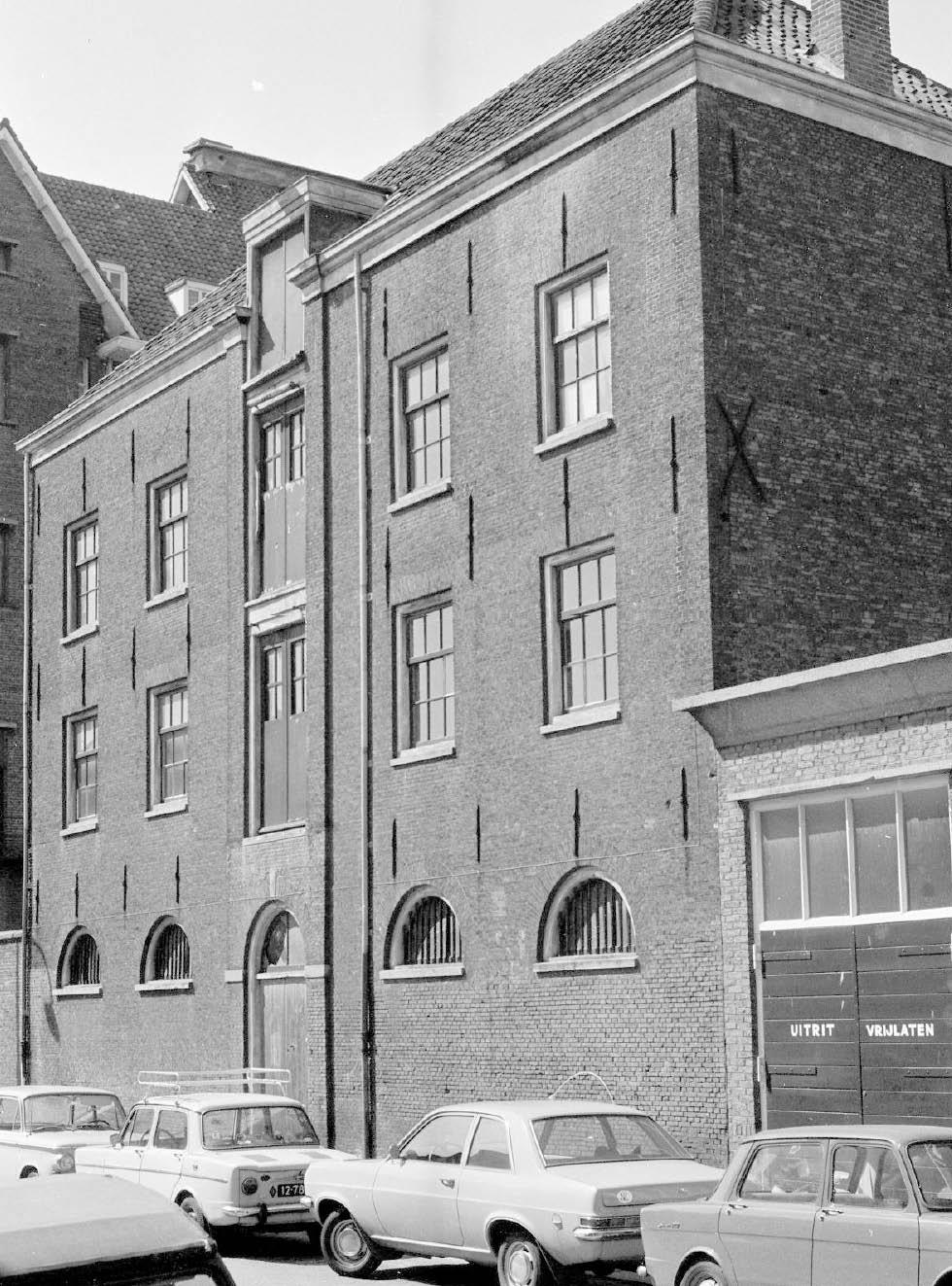 Pakhuis architectuur Middelstegracht medio jaren 70