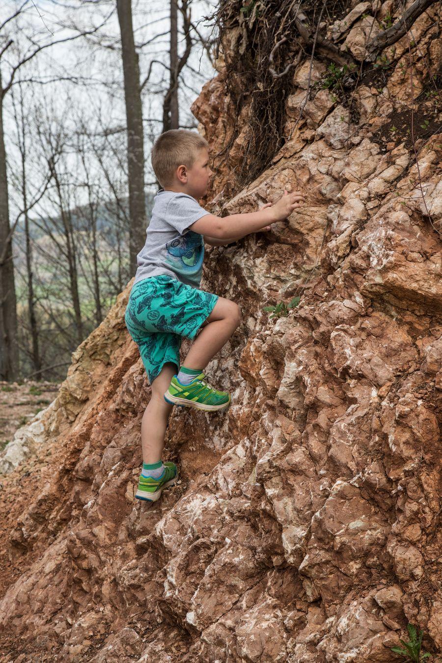 Früh übt sich, wenn er mal Kletterer sein will