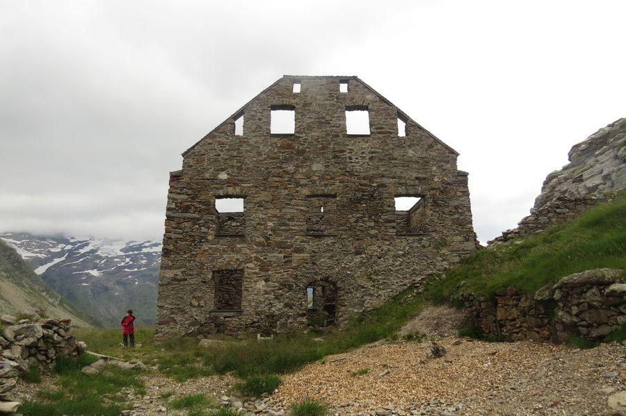 Das KnappenhausN
