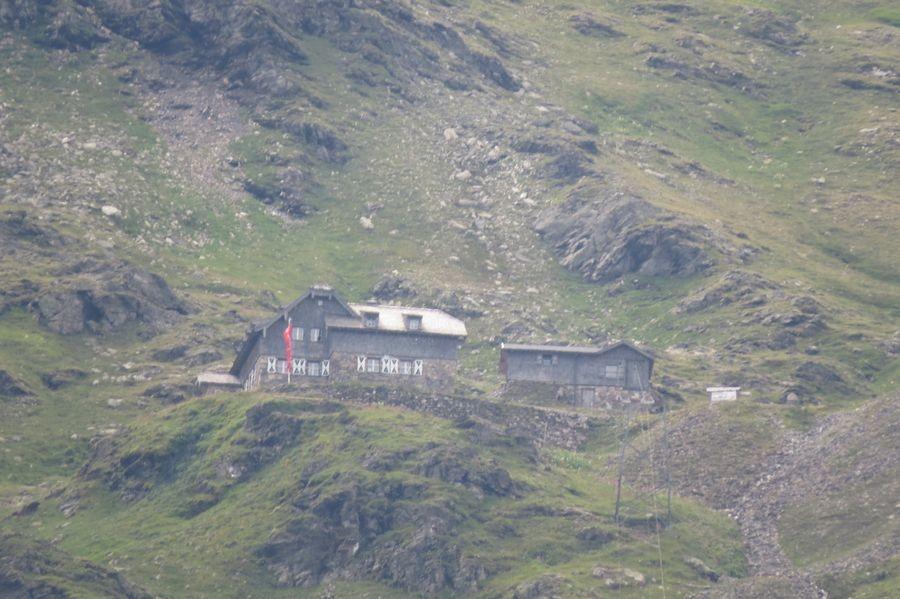 Neubau Schutzhaus in Sicht