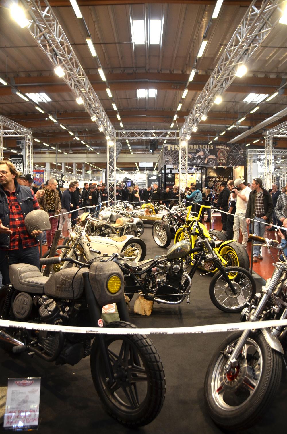 Im Foyer der Custombike Show: The three FUKKER!!!