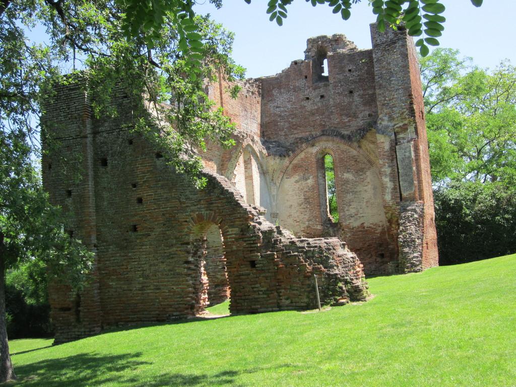 ruines du château vue d'ensemble