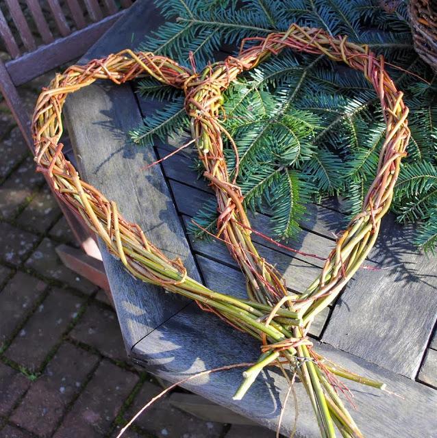 Herz aus Weide - Handmade Geschenkidee