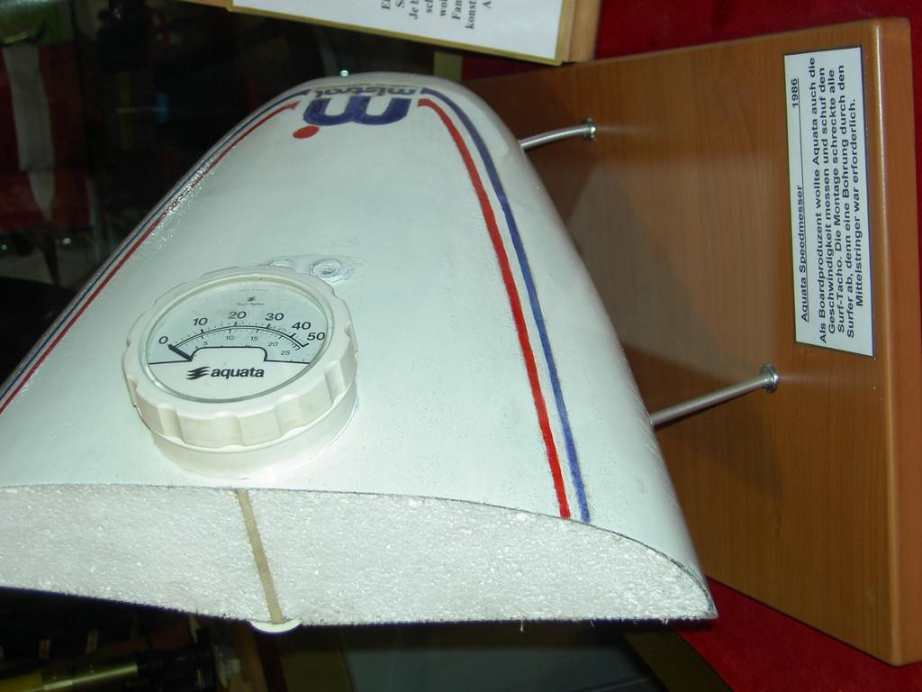 Board mit Speedometer  2007