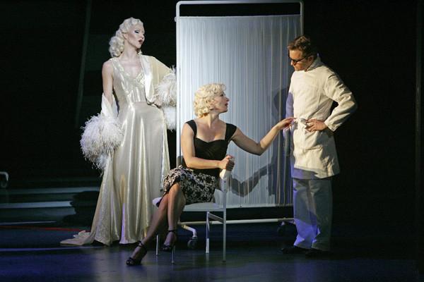 JEAN HARLOW & Caroline Frank als Marilyn