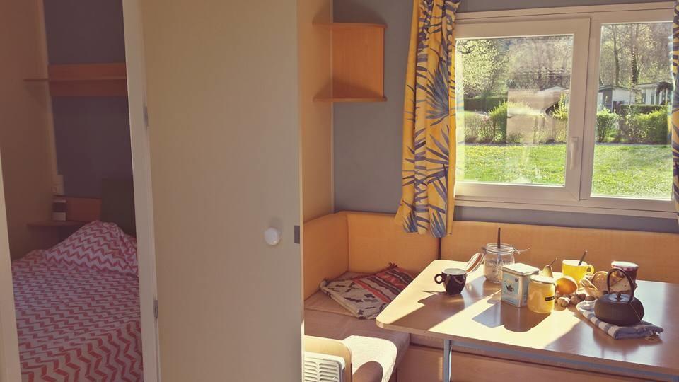 Séjour + chambre double 4-6 places