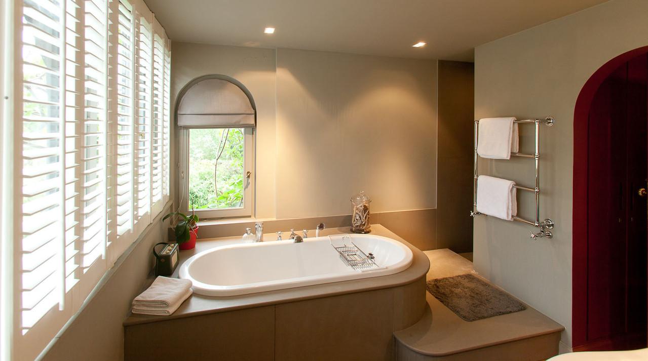 LA VILLA Brussels B&B ,salle de bain de la chambre Salon