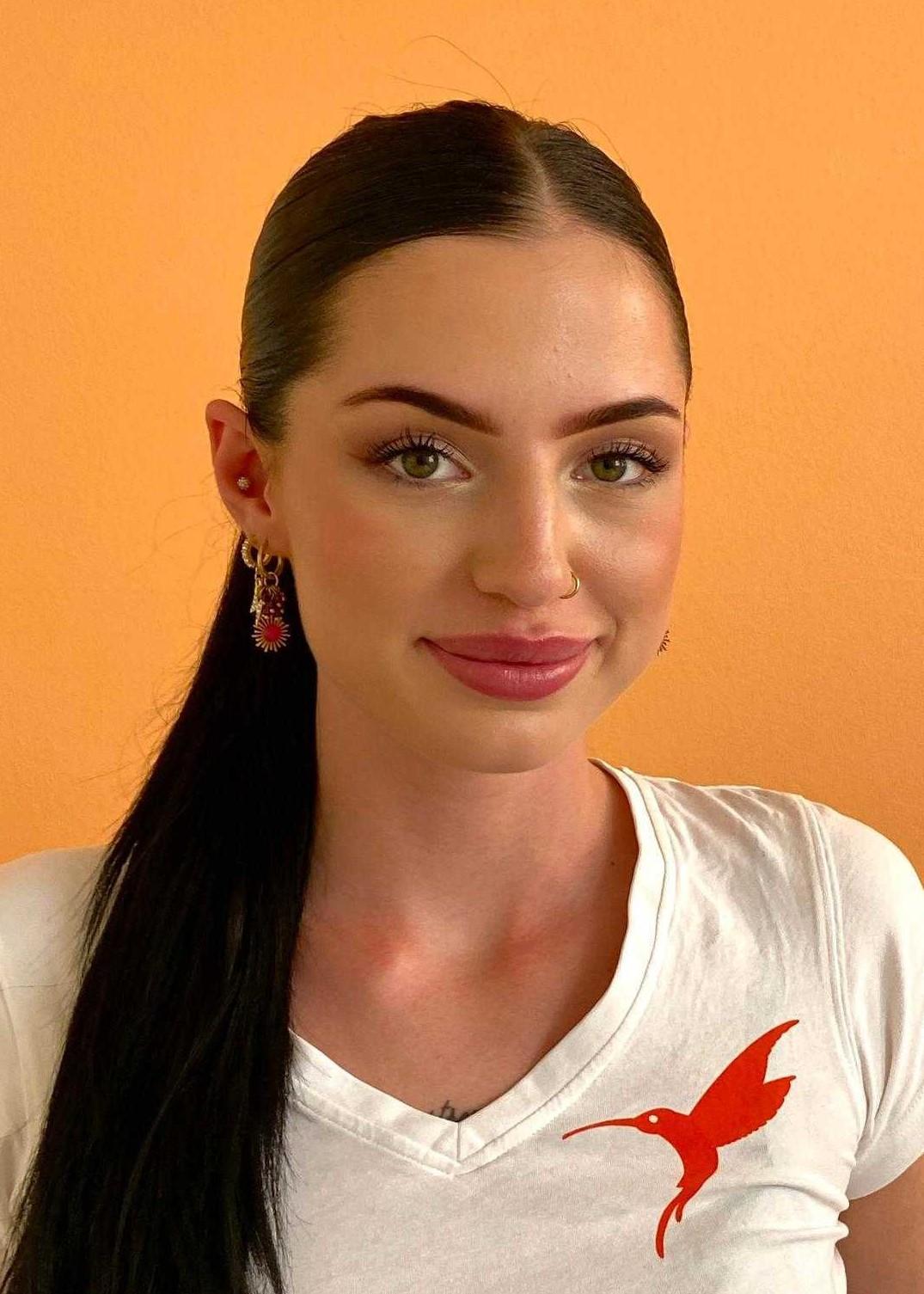Stella Manser | Kosmetikerin EFZ in Ausbildung