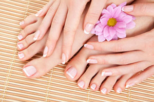 Professional Manicure & Pedicure