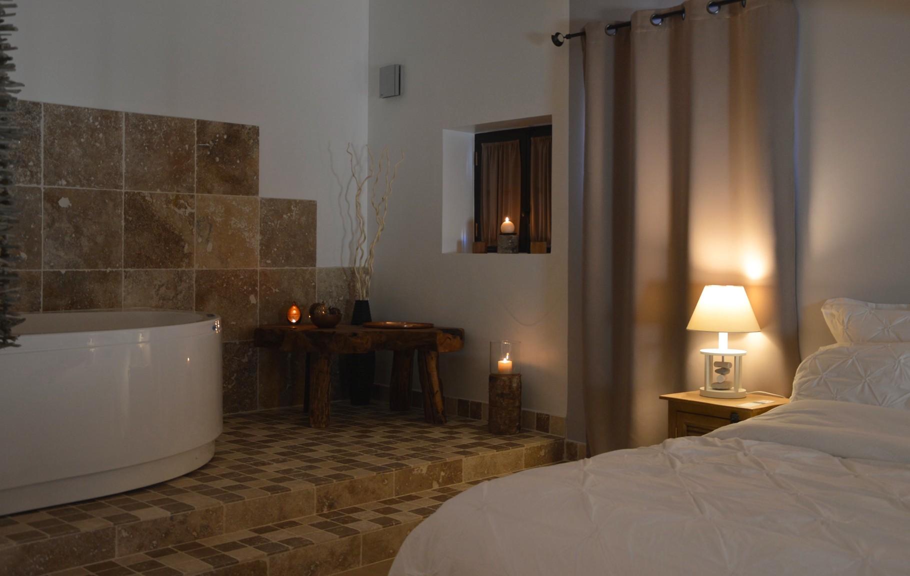 Une nuit romantique en Provence Chambre d h´tes en Provence