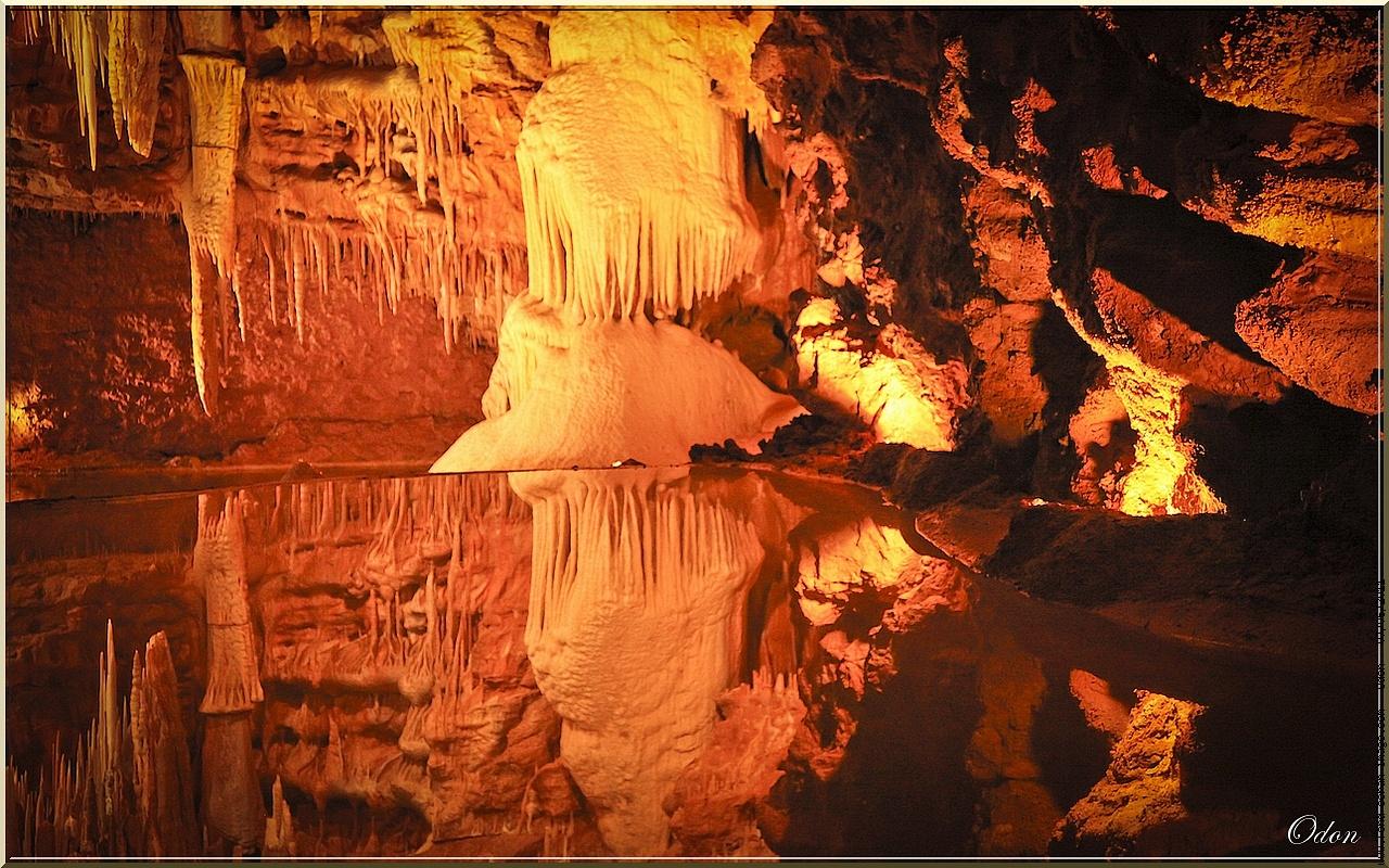 Grottes de Lacave (Lot) près de la vallée de la Dordogne