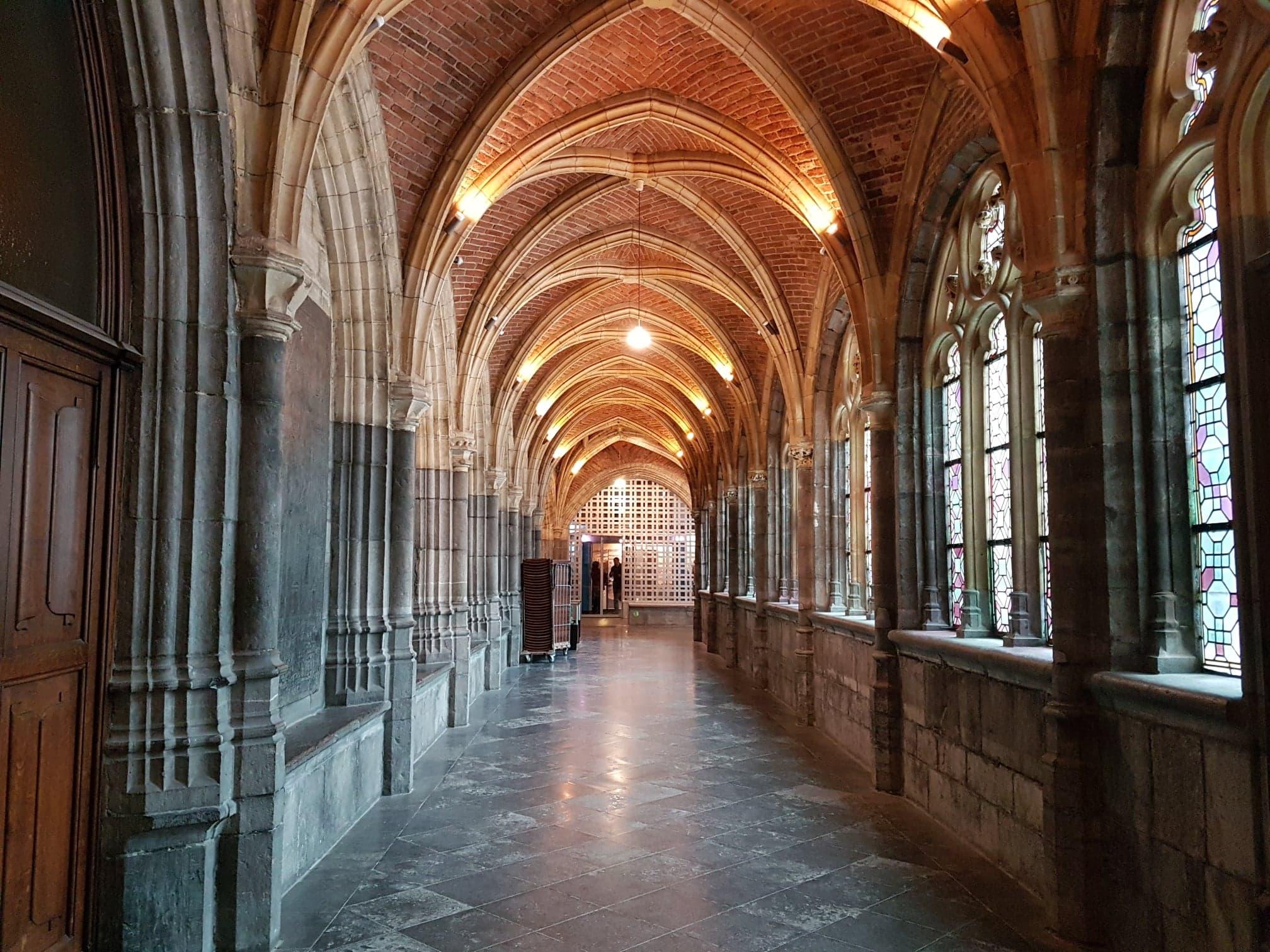 Le cloître de la cathédrale Saint Paul