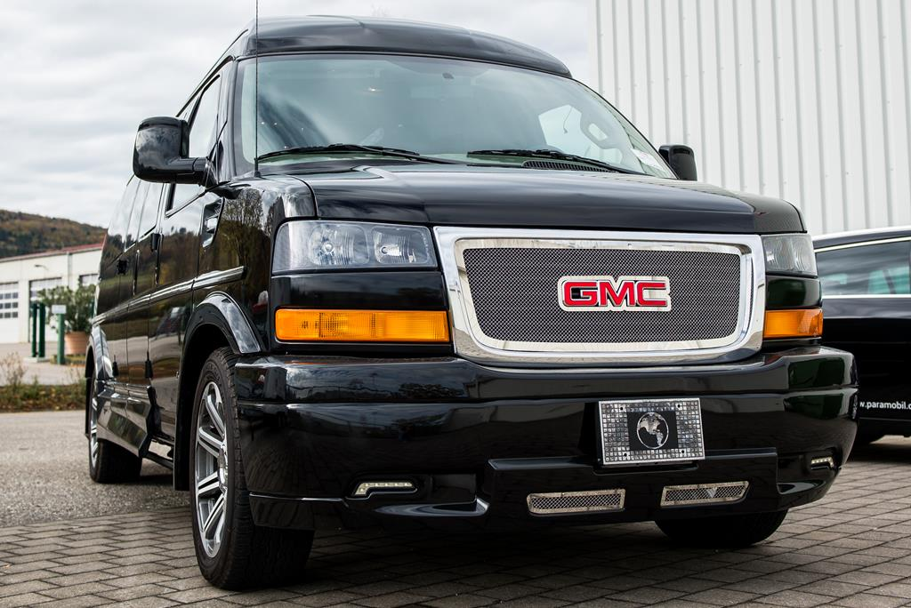 GMC Superior Van