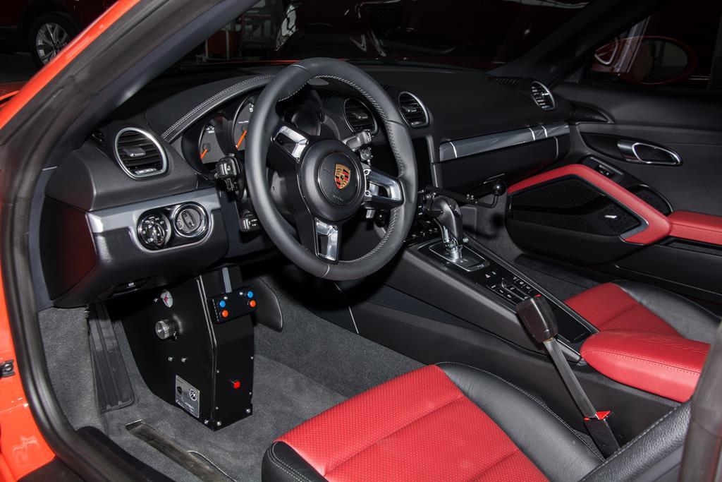 Porsche 714 Fußlenkung