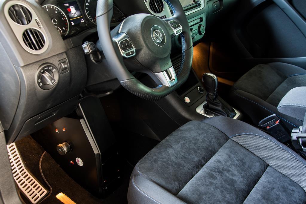 Volkswagen Tiguan mit Fußlenkung System Franz.