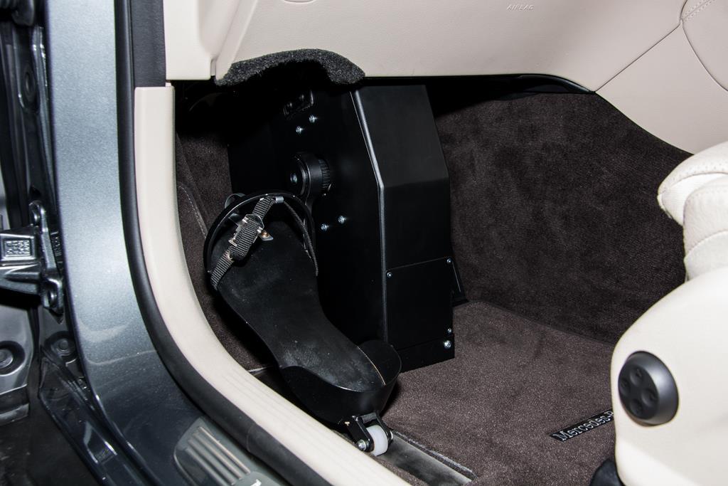 Mercedes GLC-Klasse Fußlenkung System Franz