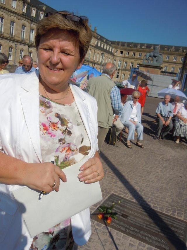 Frau Iris Ripsam Stuttgarter Stadträtin und Vorsitzende der Unionder VErtriebenen und flüchtlinge Baden Württemberg