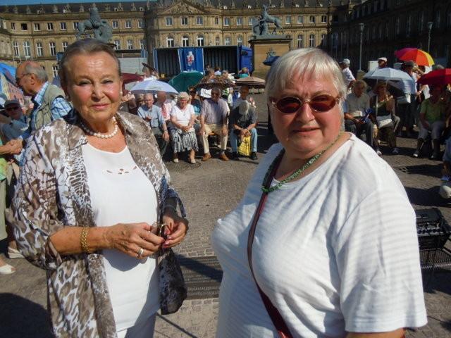 rechts Frau Waltraud Illner, Bezirkbeirätin WEilimdorf