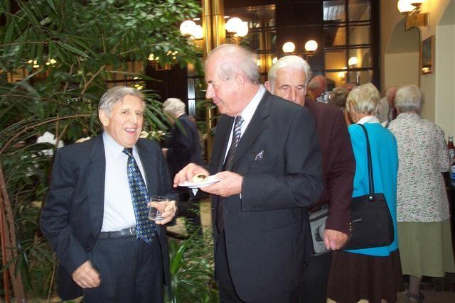 Herr Kellner Gemeinschaft der Sprachinsler Brünn mit Herrn K.W. Ziegler dem Bundesvorsitzenden der BRUNA