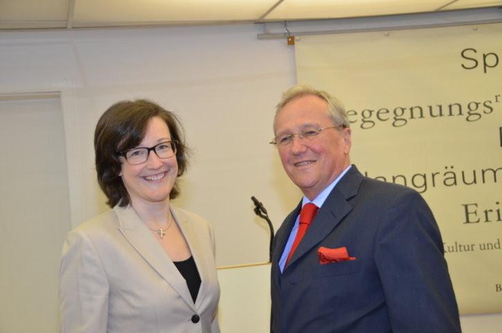 Dr. Absmeier und Dr. Eikam, der Vorsitzende der Seliger-Gemeinde