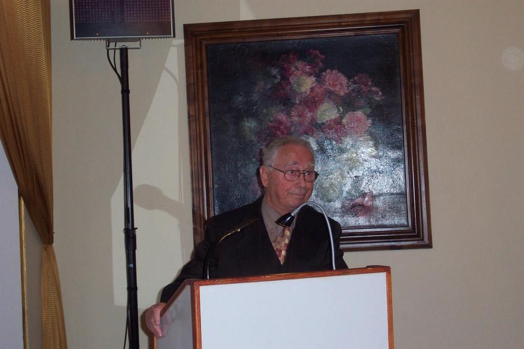 Herr Dipl.-Ing. Pavel Fried, der Vorsitzende der Israelitischen Gemeinde heißt die Brünner willkommen