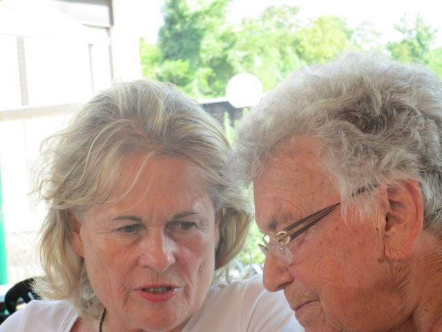 Frau Fischer und Frau Kurka