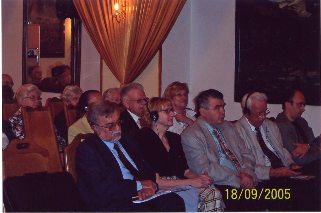 Im Vordergrund Professor Dr. Grulich. Frau Hana und Professor Dr. Jan Mlynárik