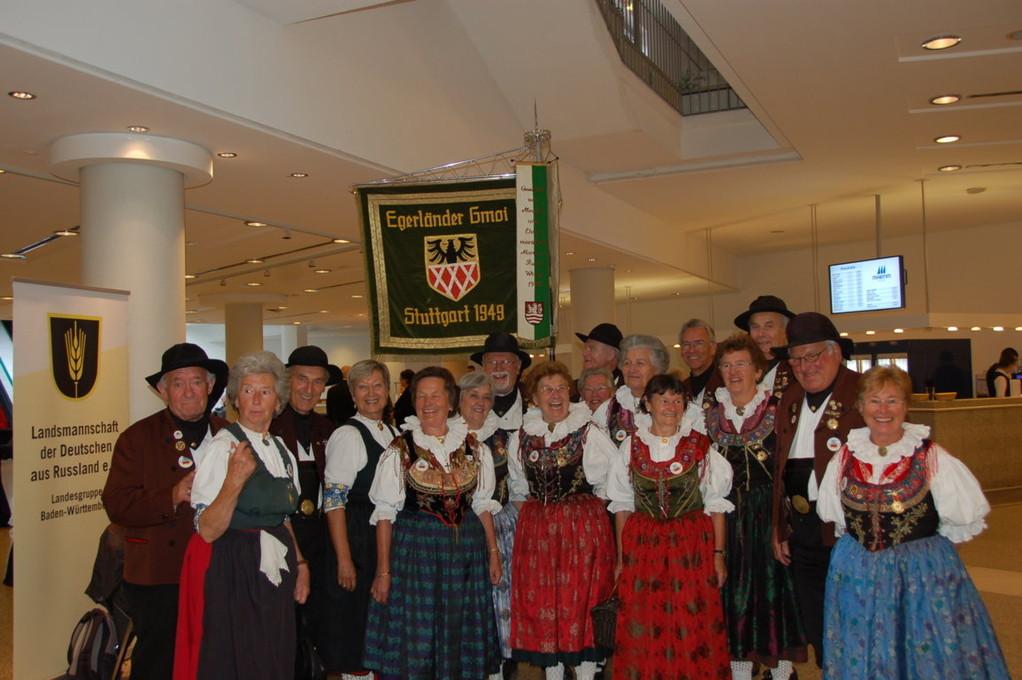 Egerländer Gmoi Stuttgart mit ihrem Vuistäiha Harald Wenig