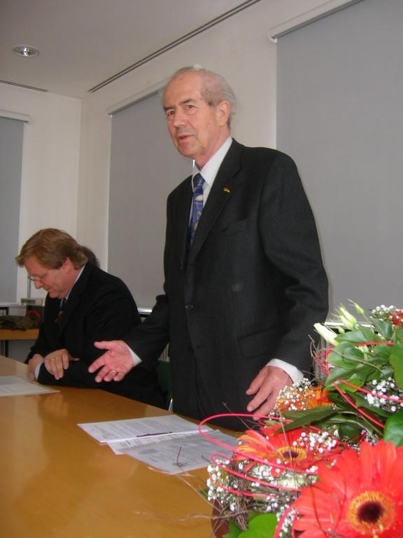 Herr Ziegler, Bundesvorsitzender der BRUNA bei seiner Ansprache
