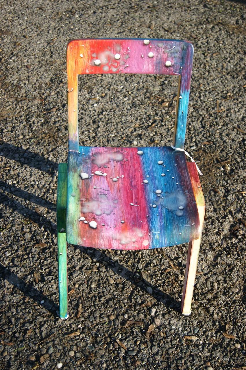 Kinderstuhl Regenbogen