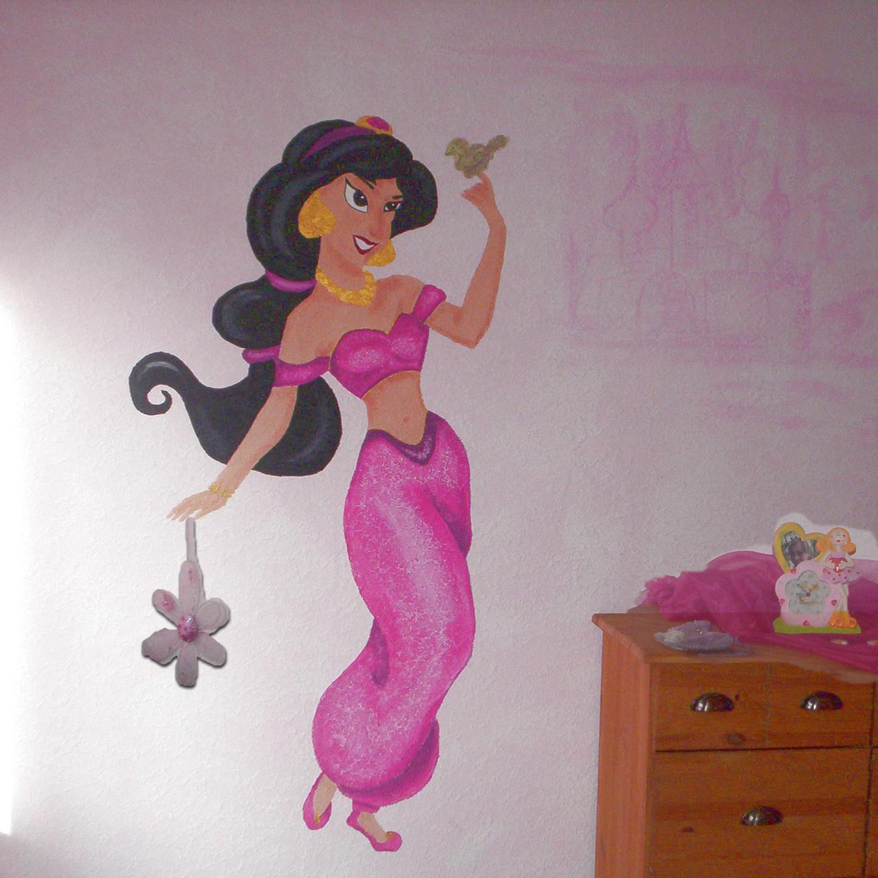 Jasmin im Kinderzimmer