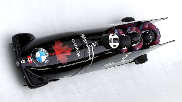 Bobsleigh - 2 ou 4 athlètes effectuent une course chronomotrée (sce : CBC.ca)