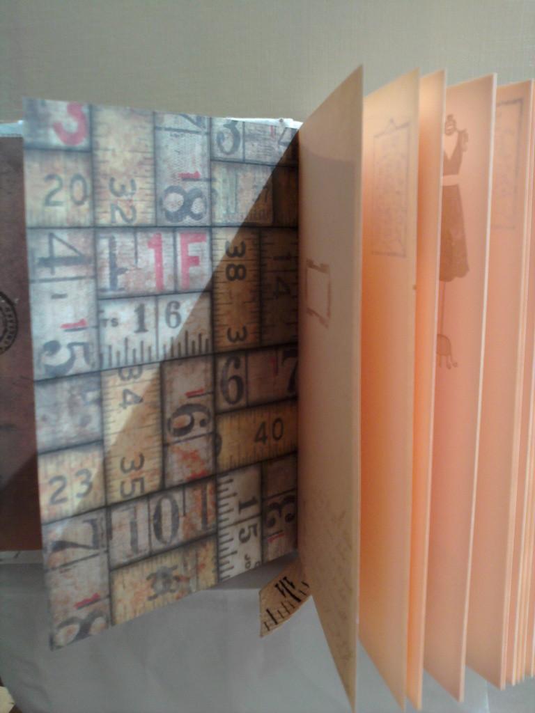 Форзацы и разделители - дизайнерская бумага Тима Хольца, листы цветные, проштампованые, текстильная закладка