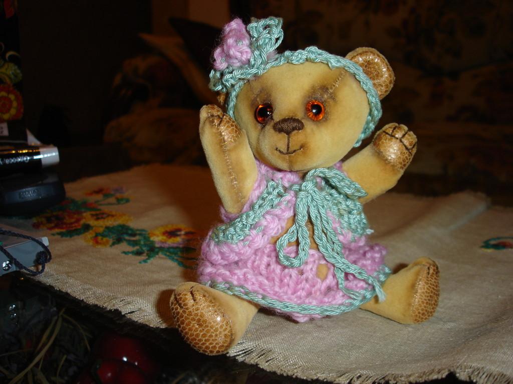 Первый медведик - мишка Поля