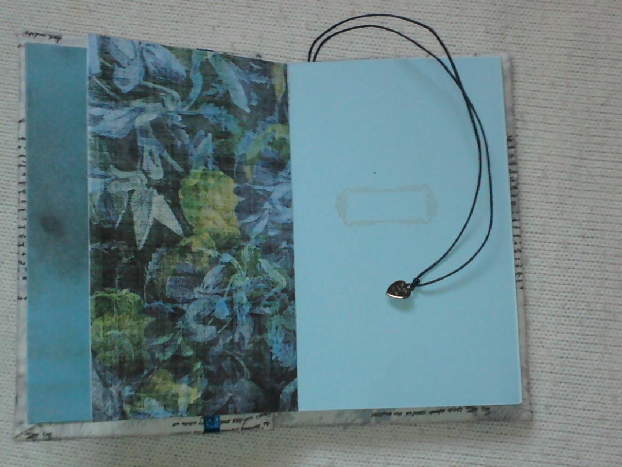 Цветные проштампованные листы, разделители, закладка с подвеской